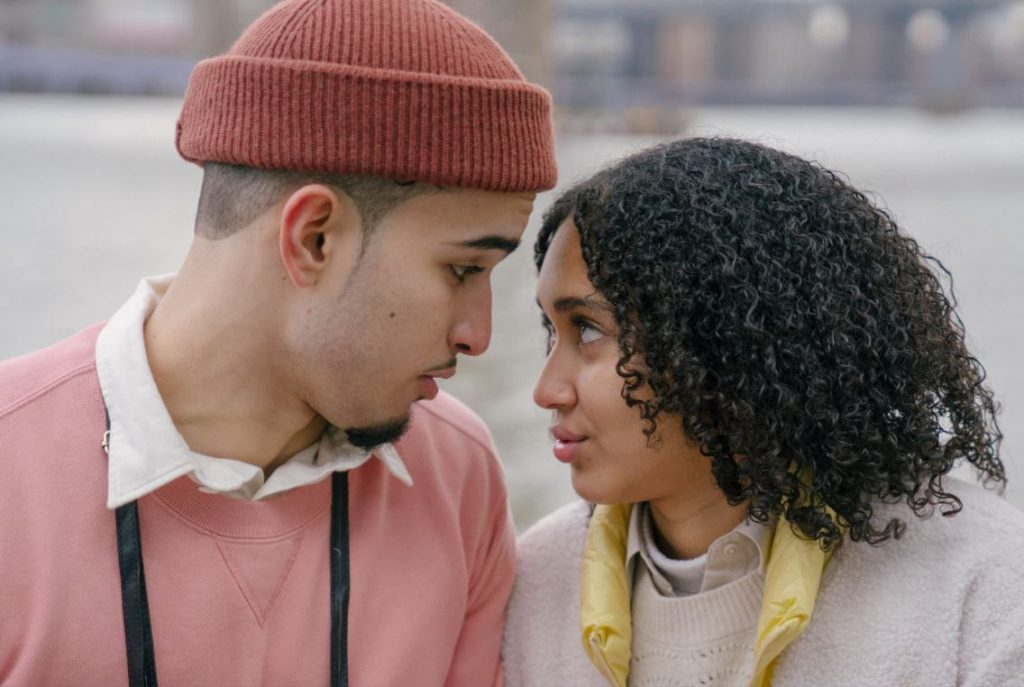 How to Know if He is Ready to be in a Serious Relationship, According to Him